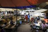 Un marché sur la route