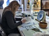 Hand painting Delft porcelain