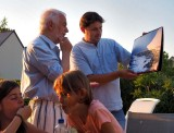 Arnulf gave a calendar - with his photos from Chili - to Cyrill.