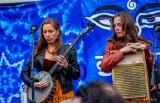 T Sisters twins Rachel and Chloe Tietjen