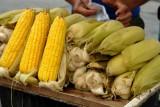 Nilagang Mais (Boiled Sweet Corn)