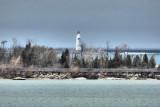 Collingwood Harbour - Lighthouse - April 14, 2014 05