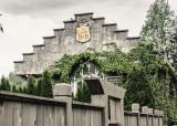 Valerie Payne  Grungy Castle