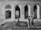 Prayer at Jameh Mosque - Isfahan