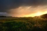 Zonsondergang na regen