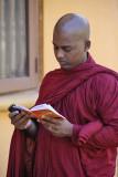 Kandy, at Poya Malu Vihara