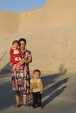 Khiva, Uzbeks in front of Kuhna Ark