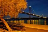 Riverfront, 25 April Bridge