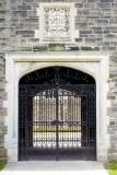 A closed gate @f4 a7