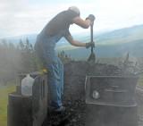 Moving Coal_9947.jpg