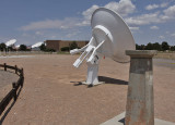 Ronald N. Bracewell Memorial Radio Sundial using piers from Stanford's spectroheliograph, notice the Vic Herrero signature?
