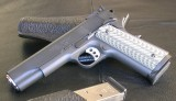 Guns 004.JPG