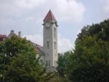 I U'S Tower