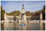 01 Retiro Park Madrid.jpg
