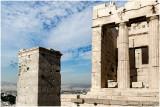 L'Acropole d'Athènes : les propylées.