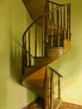 Forgotten_Staircase_Hotel_Raquel_web.jpg