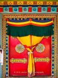Imposing_Buddhist_Temple_Door