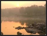 Sunrise on Betwa river. Orchha.