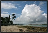 Mansion with a Cloud. (Loctudy/Ile-Tudy).