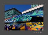 Graffitis on bin