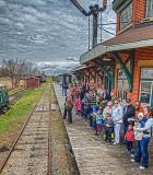 Crowded Platform P1030211
