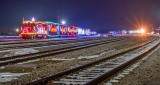 CP Holiday Train 2016 Both (P1150925-7)