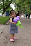 La petite fille et la fleur