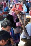 Femme testant le tabac