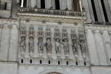 Statues de la façade