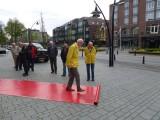 De rode loper wordt door wethouder Johan Varkevisser zelf uitgerold !
