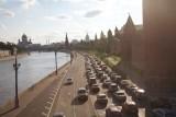 Trafic near Kremlin walls 克里姆林宫西侧
