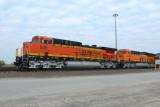 BNSF 608, AC44C4M and BNSF 3995, ET44C4