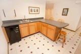 LL kitchen 6235.jpg