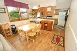 dining kitchen 6580.jpg