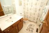 guest bath 6219.jpg