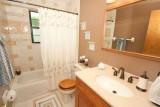 hall bath 949.jpg