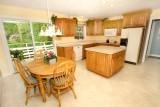 kitchen 041.jpg