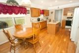 kitchen 6334.jpg