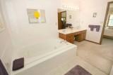 master bath 6214.jpg