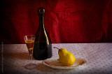 Liquor with pear