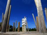 la sculpture sur le quai