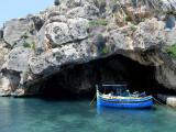 la barque sous la grotte, Xlendi