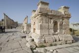 Jerash South Tetrapylon 0896.jpg