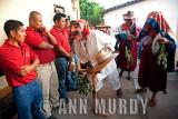 Viejo greeting the topiles