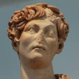 Statue museum Aphrodisias.jpg