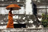 Monk Ayuthaya 02.jpg