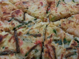 20130623_122031 Okonomiyaki cut into wedges