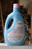 Water bottle for rinsing car's windows