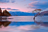 Late evening at Lake Wanaka, South Island, New Zealand