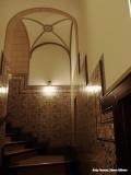 Trappenhuis aan de zuidzijde van de hal